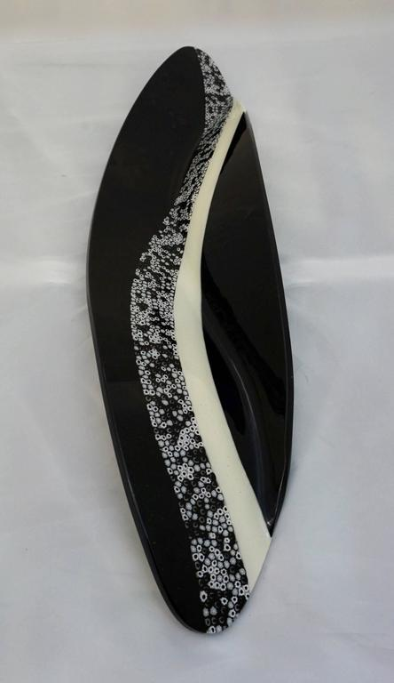 Contemporary Italian Black and White Murano Art Glass Mosaic Curve Centerpiece  For Sale 4