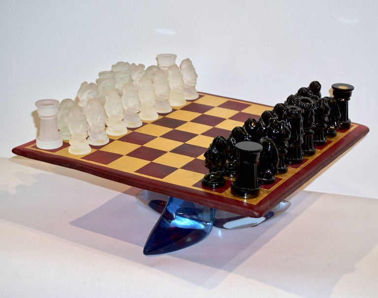 1980s Nason & Toso White and Black Murano Glass Chess Set on Red and Gold Board For Sale 1