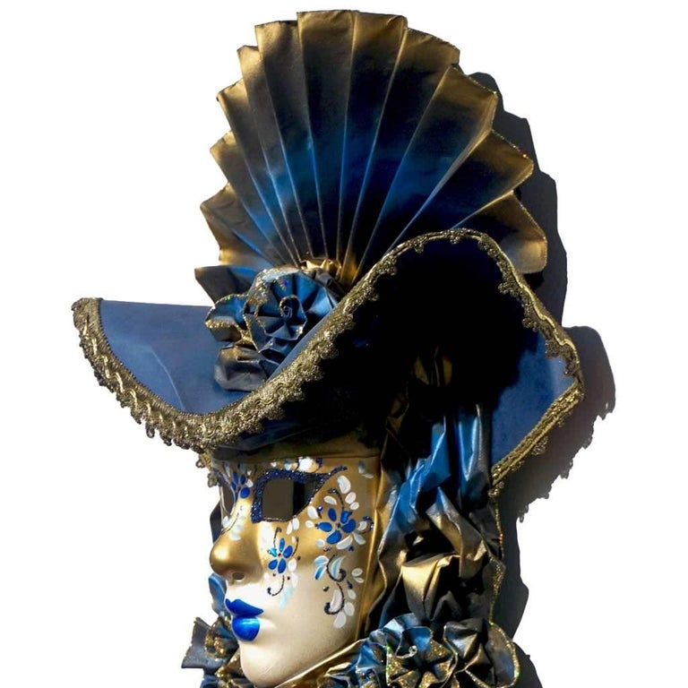 Italian Modern Venetian Carnival Handmade Blue Mask with Flower Pleated Jabot In Excellent Condition For Sale In New York, NY