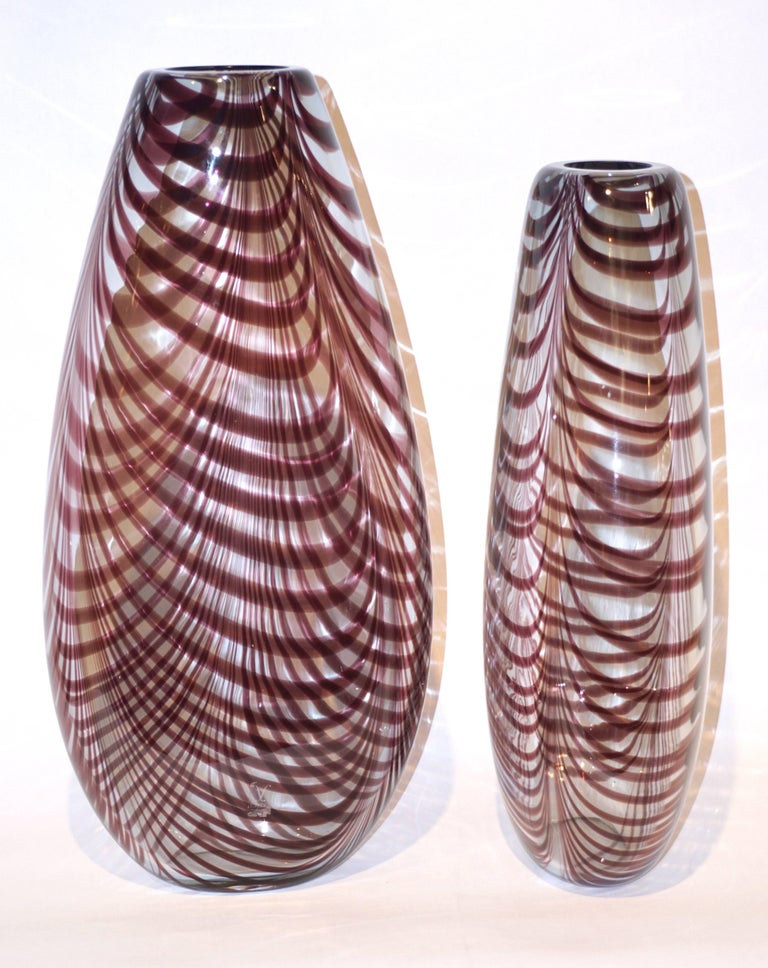 Thread Formia 1970s Two Fenicio Feather Decorated Purple Brown Murano Art Glass Vases  For Sale