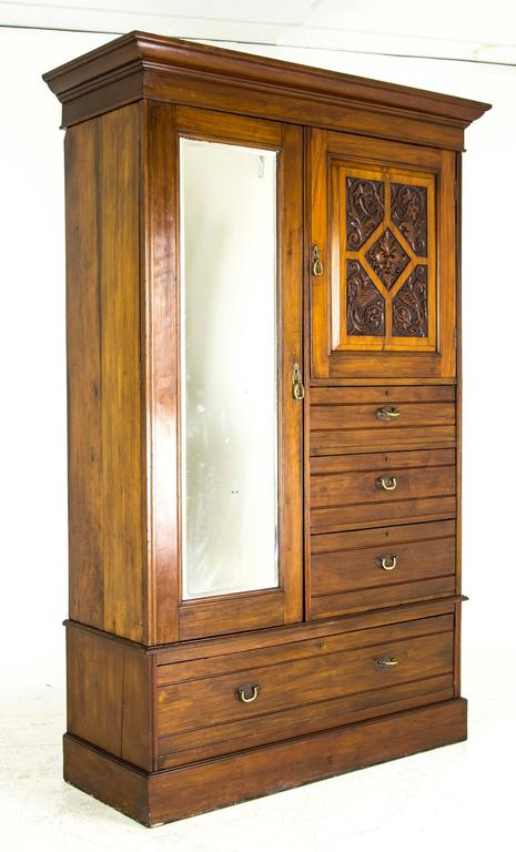 B688 Antique Victorian Mahogany Gentleman S Armoire