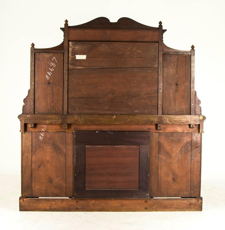 Scottish Victorian Antique Mahogany Sideboard, Buffet, Inverted Mirror Back  For Sale 5 - Scottish Victorian Antique Mahogany Sideboard, Buffet, Inverted