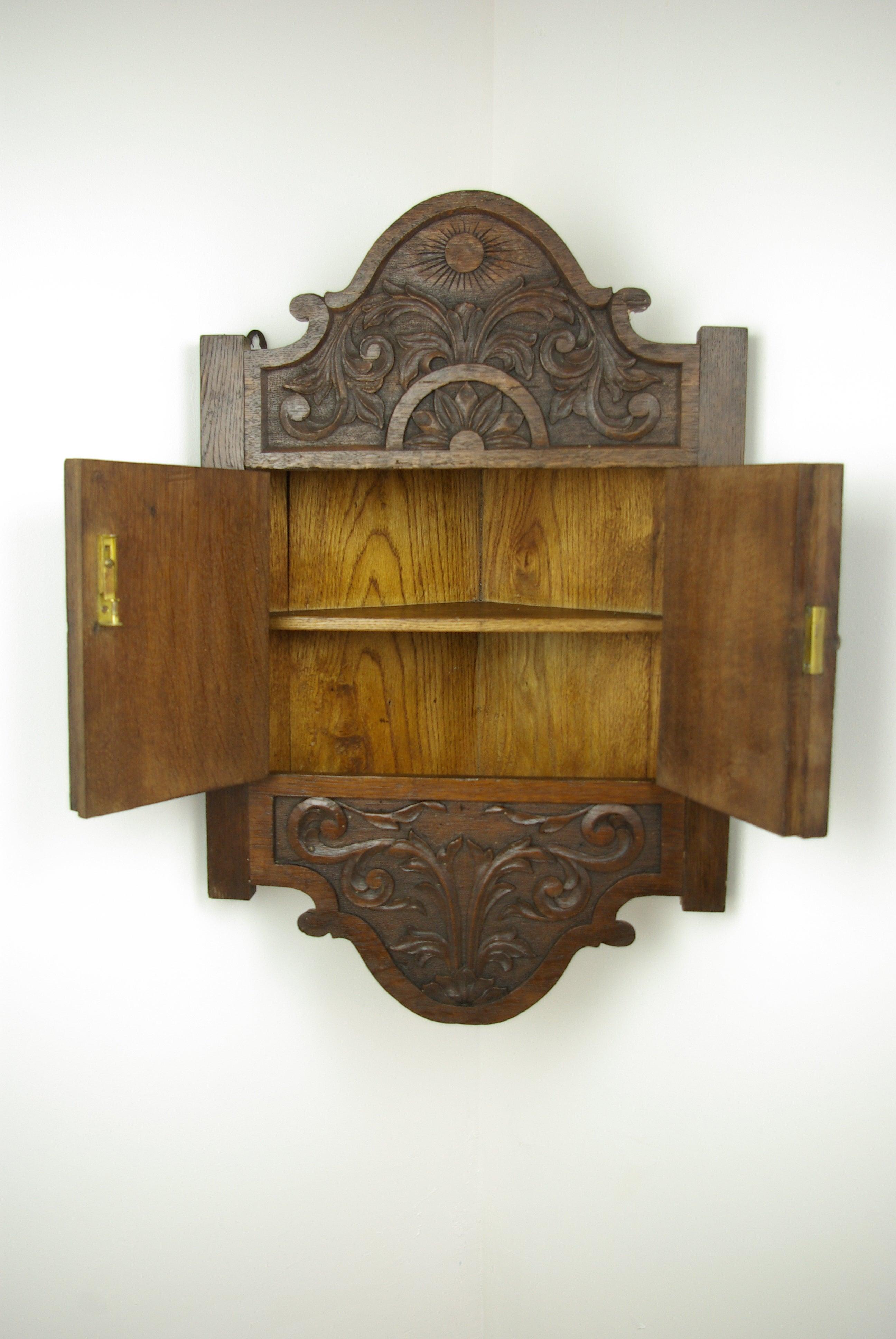 Oak Corner Cabinet Carved Hanging Scotland 1880 At 1stdibs