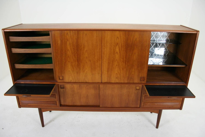 danish mid century modern teak sideboard or buffet at 1stdibs. Black Bedroom Furniture Sets. Home Design Ideas