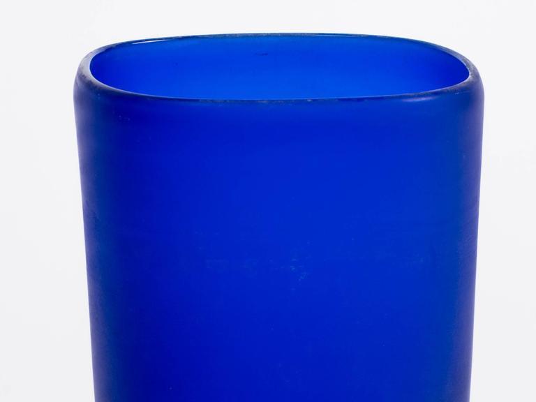 Art Glass Cenedese Cobalt Blue Italian Glass Vase For Sale