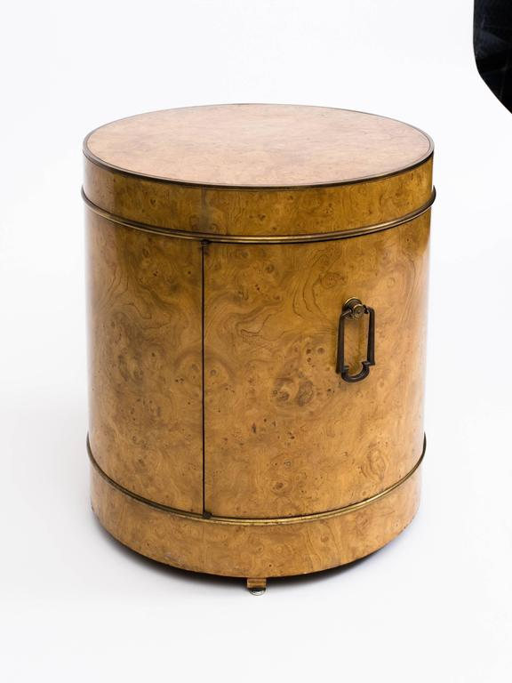 Mastercraft Burl Wood Drum Bar Cabinet End Table In Good Condition For Sale In New York, NY