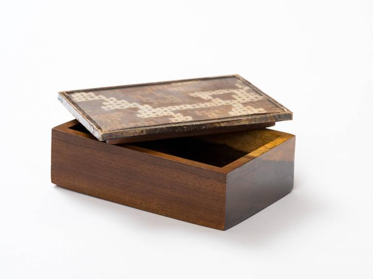 20th Century Peruvian Nazca Textile Exotic Wood Box For Sale