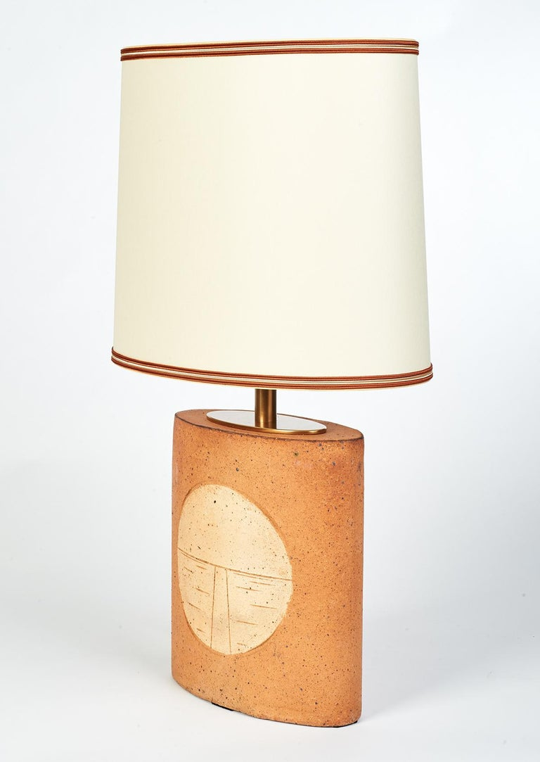 Oval Ceramic Lamp with Incised Geometric Motif, France 1970s In Excellent Condition For Sale In New York, NY