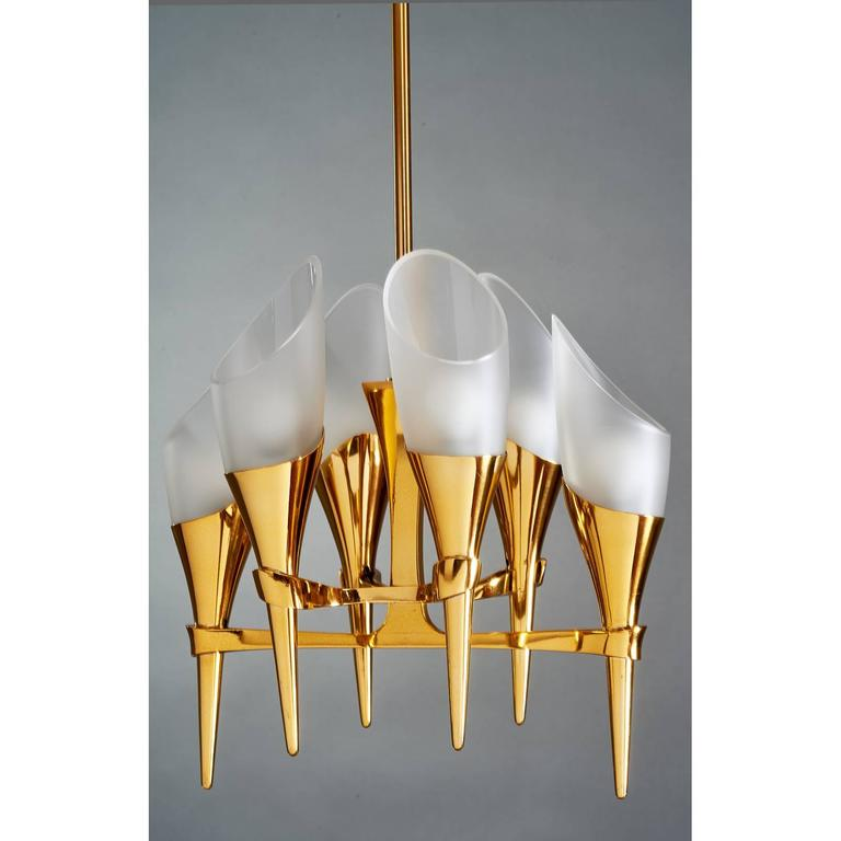 Elegant Max Ingrand Chandelier for Fontana Arte, circa 1960 In Excellent Condition For Sale In New York, NY