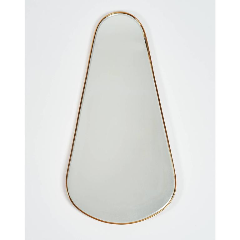 Tear-Drop Brass Mirror, Italy, 1950s In Good Condition For Sale In New York, NY