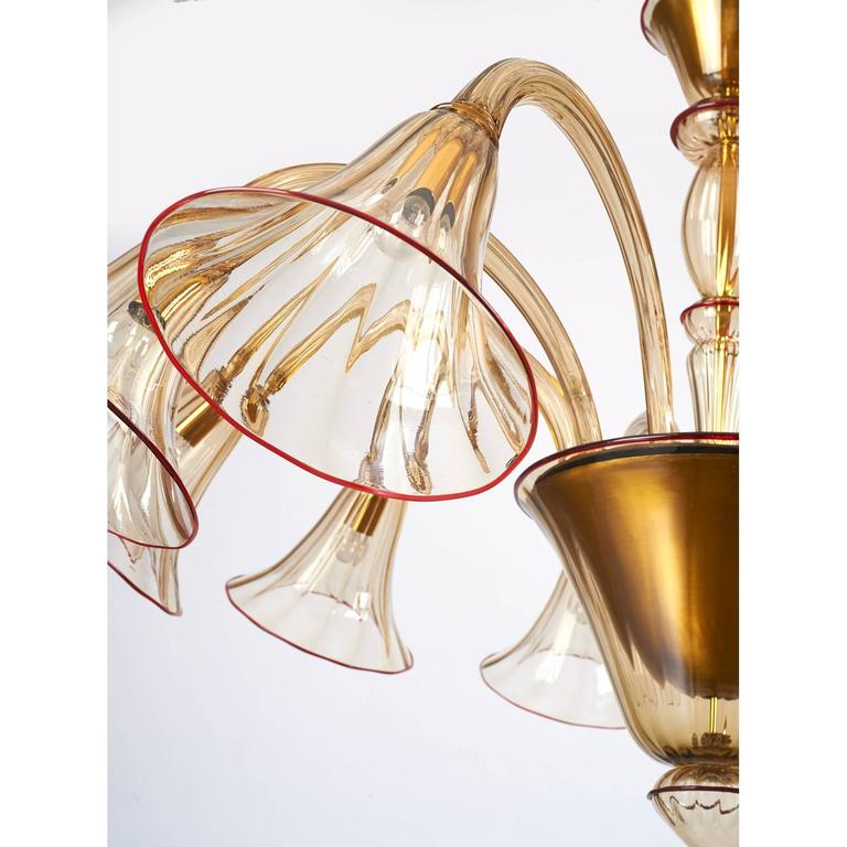 Italian Magnificent Murano Blown Glass Chandelier by Venini with Red Accent, 1920s For Sale