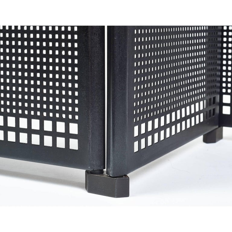 Afra and Tobia Scarpa for Dimensione Fuoco Iron folding and adjustable fireplace screen with four sections,  Italy, 1970s Dimensions: Four panels, each one is 9 x 16.