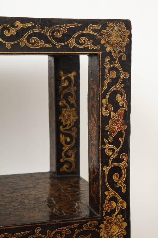 Rare 18th Century Chinese Gilt-Decorated Lacquer Bookshelf 3