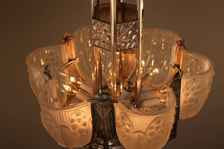 French Art Deco Geometric Chandelier Signed by G. Leleu For Sale 5