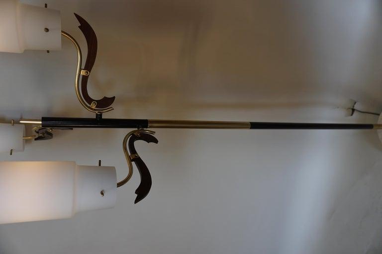 Italian 1960s Stilnovo Style Floor Lamp In Good Condition For Sale In Fairfax, VA