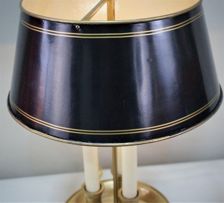 French 1930s Bronze Bouillotte Desk Lamp In Good Condition For Sale In Fairfax, VA