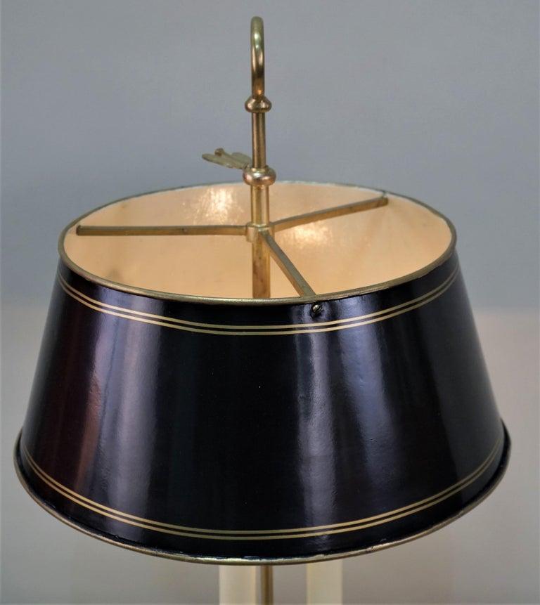 French 1930s Bronze Bouillotte Desk Lamp For Sale 3