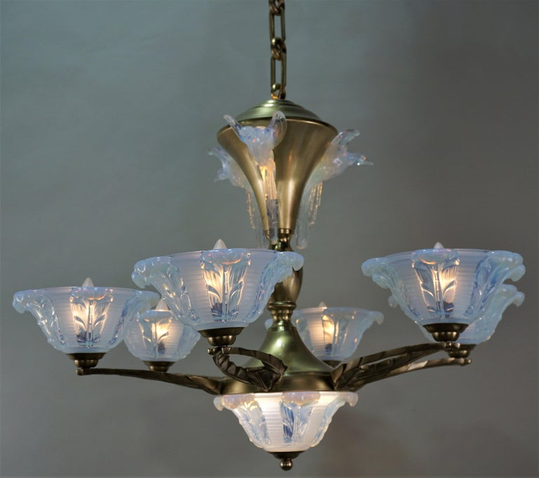 French Art Deco Chandelier with Opalescent Glass Shades by Ezan For Sale 2