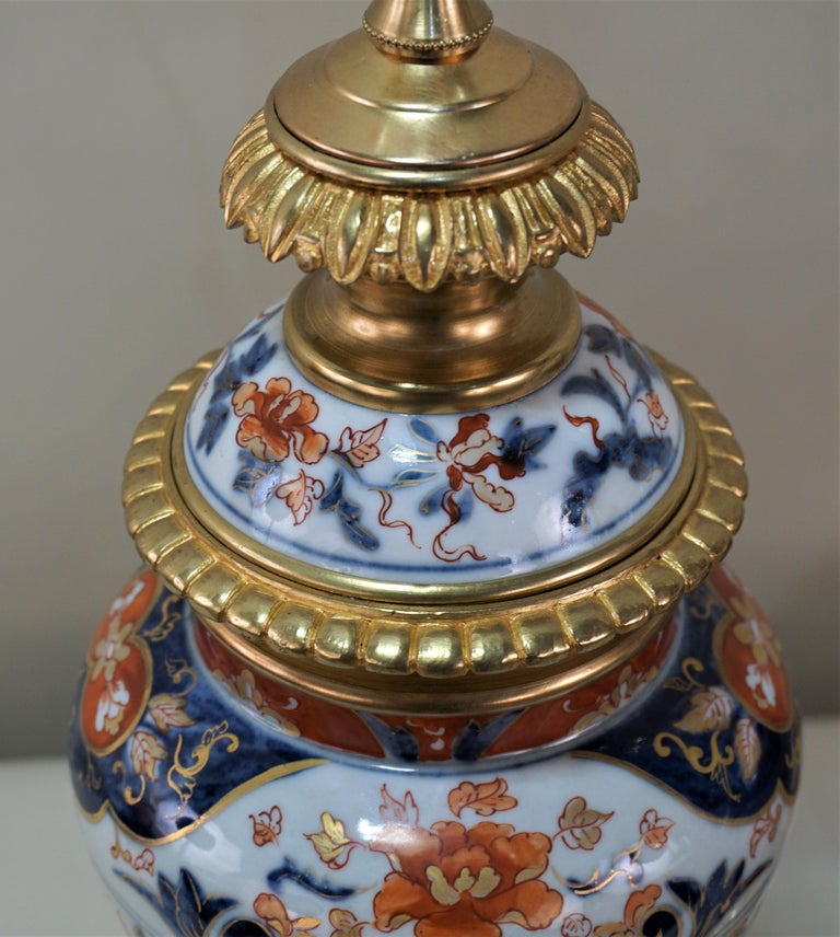 Pair of French 19th Century Electrified Porcelain Oil Lamp For Sale 4