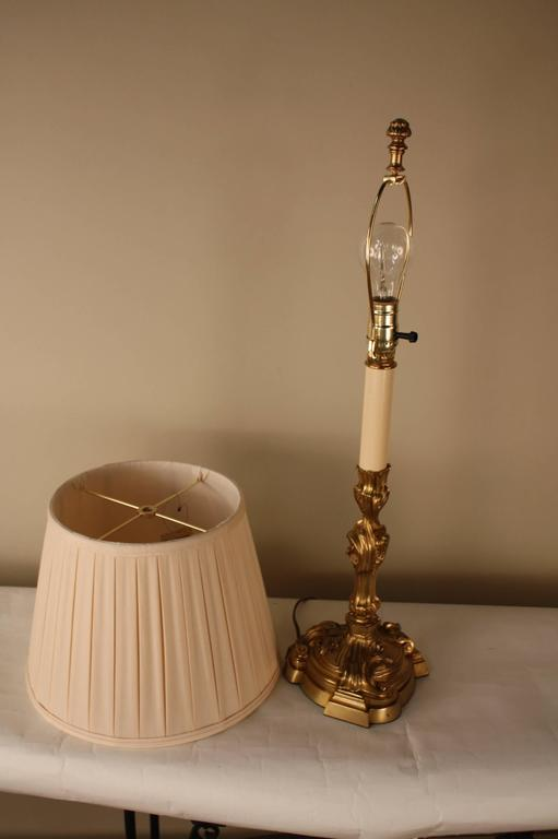 French Art Nouveau Bronze Table Lamp For Sale 4