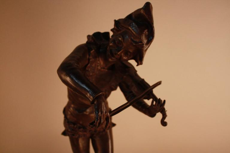 Bronze Sculpture of Harlequin Violinist by Jules Weyns For Sale 2