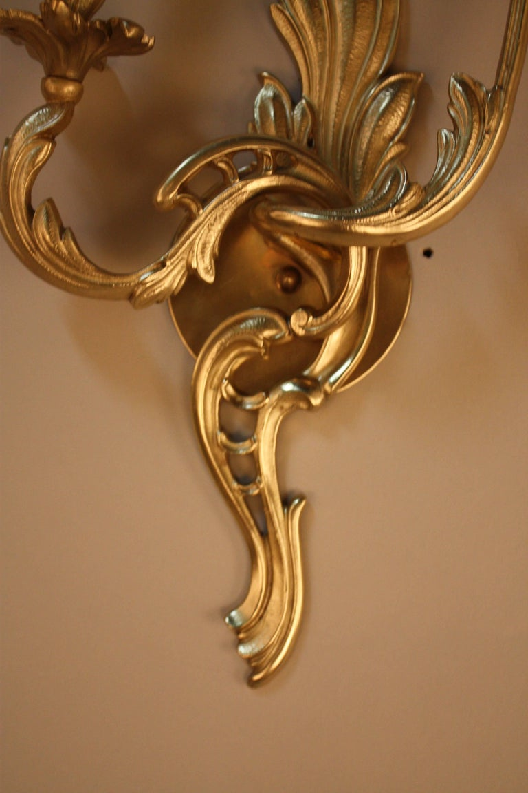 Pair of Bronze Art Nouveau Wall Sconces In Good Condition For Sale In Fairfax, VA