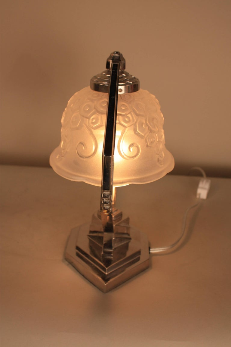 French Art Deco Table Lamp For Sale 2