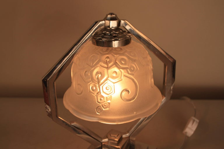 French Art Deco Table Lamp In Good Condition For Sale In Fairfax, VA