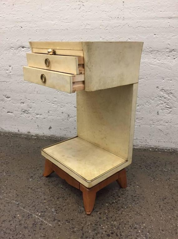 Pair of Parchment Nightstands Manner of Osvaldo Borsani For Sale 2