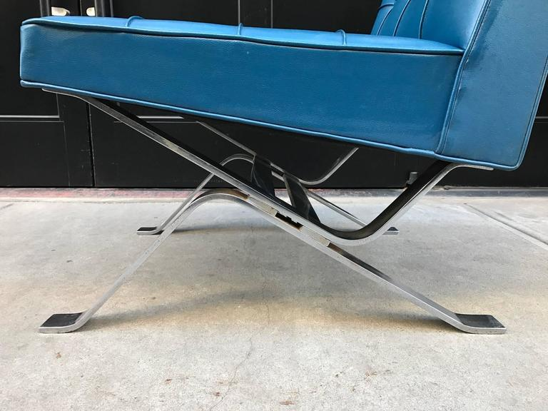 Pair of Robert Haussmann Chrome Flat Bar Lounge Chairs In Good Condition For Sale In New York, NY