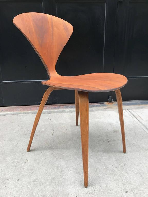Four Vintage Cherner Chairs for Plycraft 4