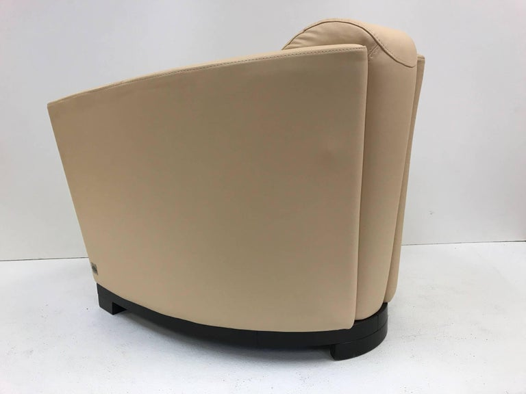 Late 20th Century Pair of Modern Italian Leather Club Chairs For Sale