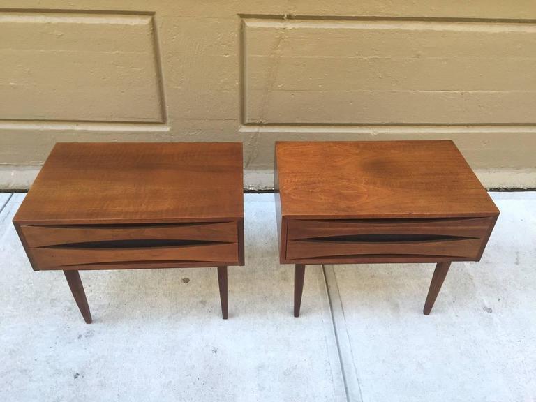 Pair of mid century modern walnut nightstands at 1stdibs for Mid century modern furniture new york