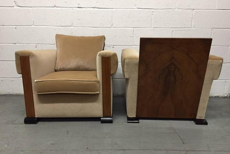 Pair of French Art Deco Lounge Chairs in Mohair For Sale 1