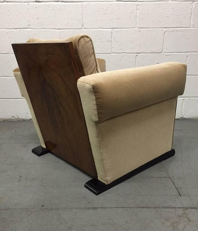 Pair of French Art Deco Lounge Chairs in Mohair In Good Condition For Sale In New York, NY