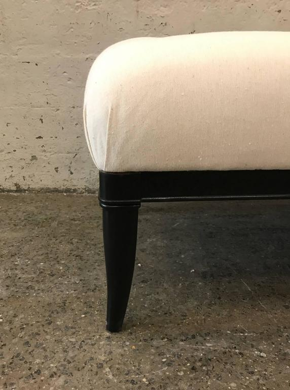 Upholstered Tufted Bench Style of Robsjohn-Gibbings In Good Condition For Sale In New York, NY