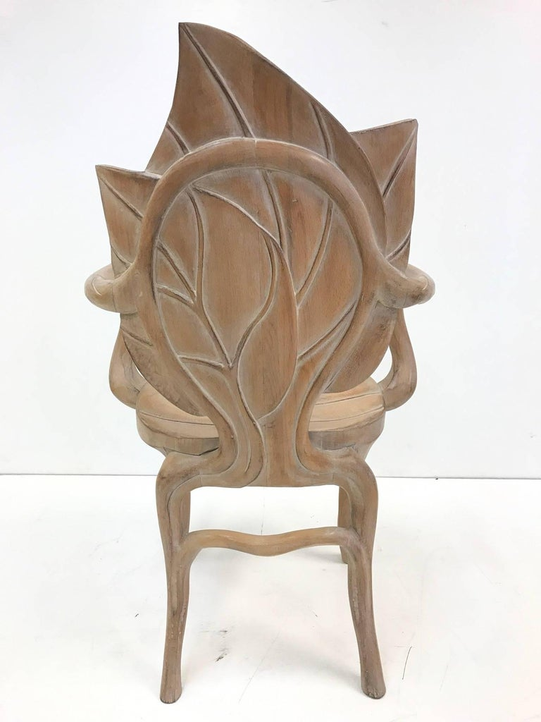 Pair of Bartolozzi & Maioli Carved Wooden Leaf Armchairs In Good Condition For Sale In New York, NY