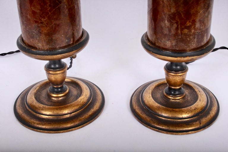 Early 20th Century Pair of Gilded Crimson Mica Shade Table Lamps  In Good Condition For Sale In Bainbridge, NY