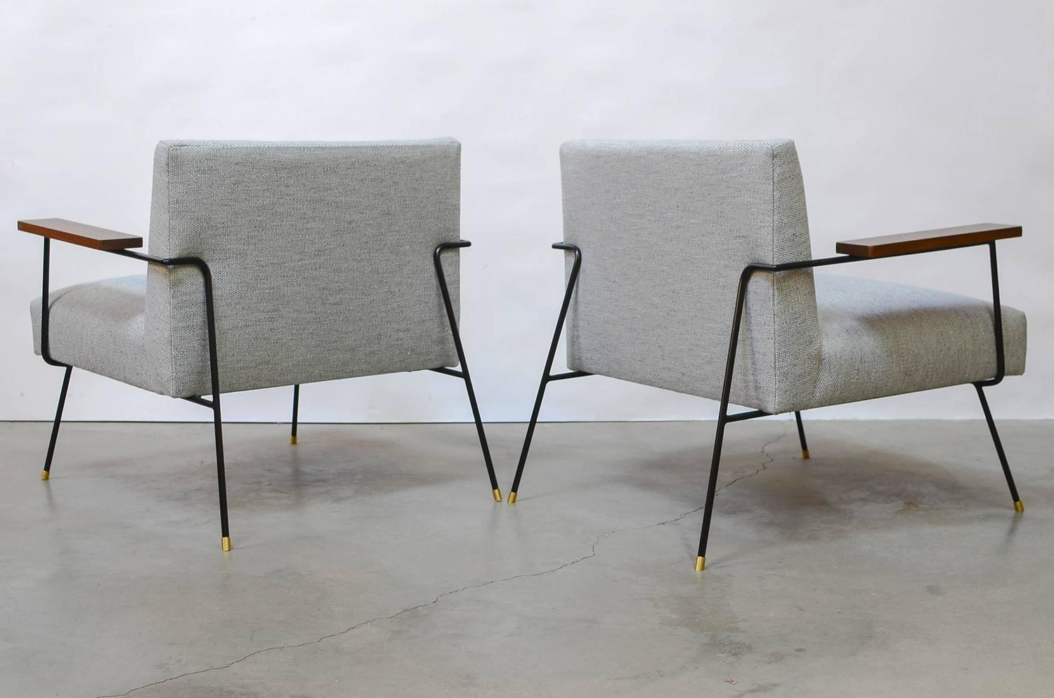 California Iron Lounge Chairs For Sale at 1stdibs