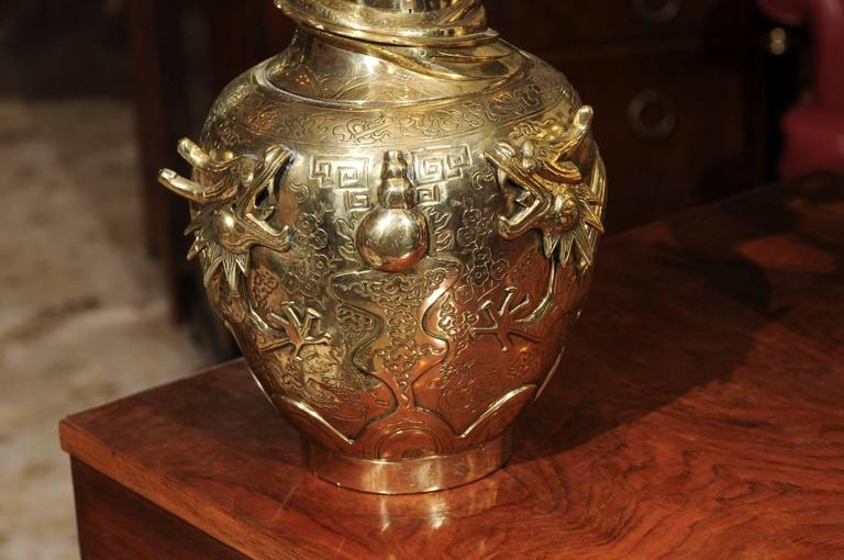 Pair of Chinese Bronze Vases For Sale 3