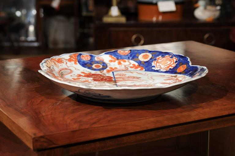 Japanese Shell Shaped Imari Plate  For Sale 2