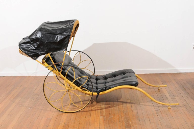 Mid-Century Rickshaw by Russell Woodard In Good Condition For Sale In Atlanta, GA