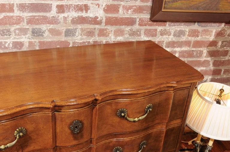 Louis XV Style Commode of Walnut In Good Condition For Sale In Atlanta, GA
