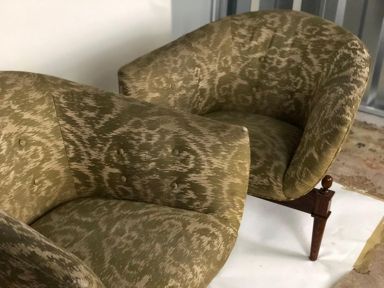 Contemporary Pair of Midcentury Style Club Chairs For Sale