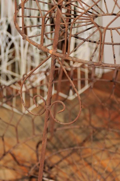 French Three-Tier Wire Planter In Good Condition For Sale In Atlanta, GA