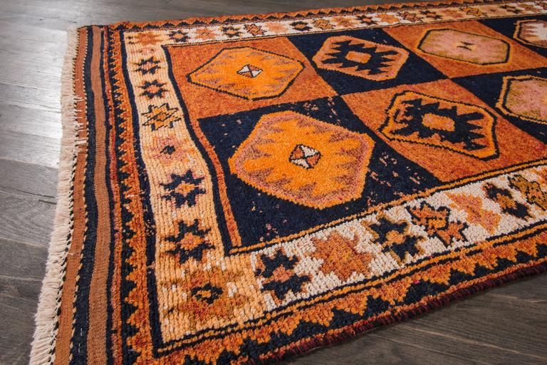 Nice looking vintage persian rug for sale at 1stdibs for Nice rugs for sale