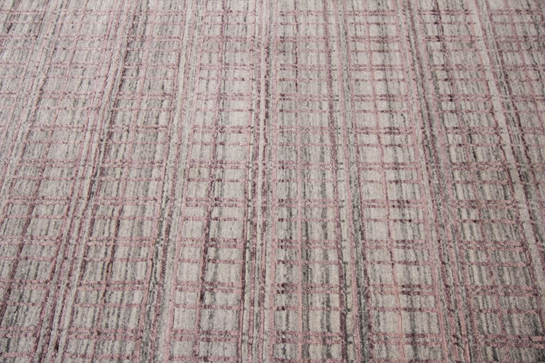 21st Century Modern Hand-Loomed Indian Rug In Excellent Condition For Sale In Norwalk, CT