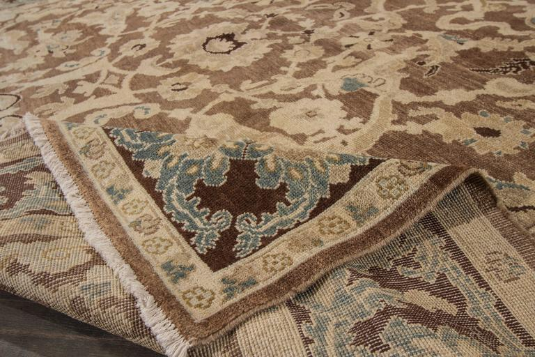 Lovely nice sultanabad rug for sale at 1stdibs for Nice rugs for sale