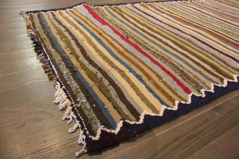Mid-20th Century Beautifully Designed Vintage Persian Kilim Rug For Sale