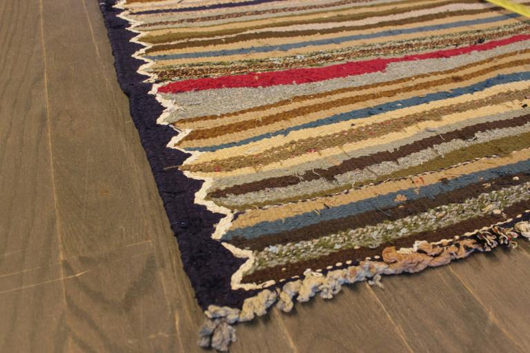 Beautifully Designed Vintage Persian Kilim Rug For Sale 3